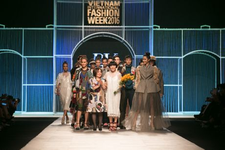 Vietnam International Fashion Week Thu Dong 2016 & Top 7 BST Dep chon - Anh 18