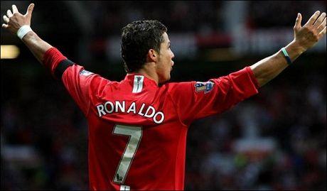 Ronaldo tiet lo 'chieu' Sir Alex dung de thuyet phuc anh gia nhap Man United - Anh 2