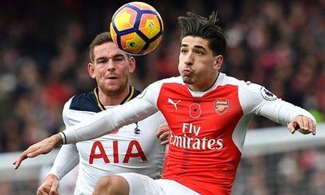 GOC MARCOTTI: Chelsea da 3-4-3 hay nhat, Arsenal tai phat 'benh cu' - Anh 2