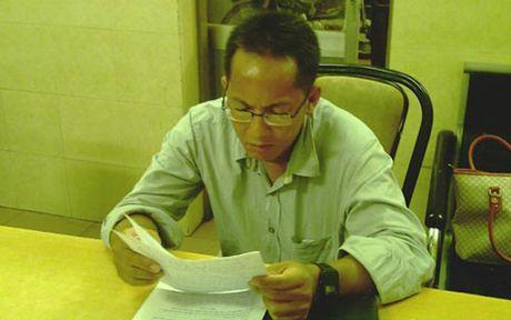 TP HCM: Phong vien 'dom' dam nguoi nhap vien trong hoi nghi - Anh 1