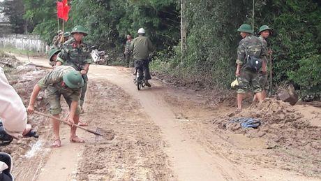 Quang Tri: Cam Lo ngon ngang sau lu - Anh 3