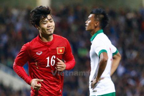 Cong Phuong ghi ban dau tien cho tuyen Viet Nam sau 8 thang cho doi - Anh 1