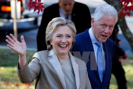 Ong Trump tam dan o Florida, ba Clinton chiem uu the tai Bac Carolina - Anh 1