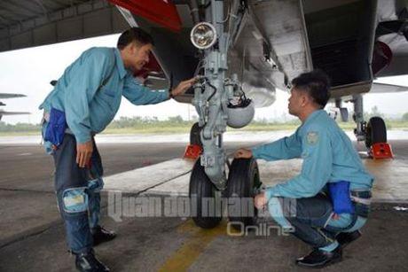 Ba buoc chuan bi bay it biet cua Su-30 Viet Nam - Anh 4