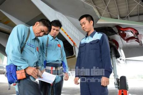 Ba buoc chuan bi bay it biet cua Su-30 Viet Nam - Anh 6