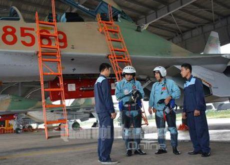 Ba buoc chuan bi bay it biet cua Su-30 Viet Nam - Anh 8