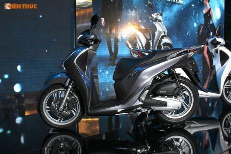 Tang gia ca chuc trieu dong, Honda SH 2017 co gi 'hot'? - Anh 11