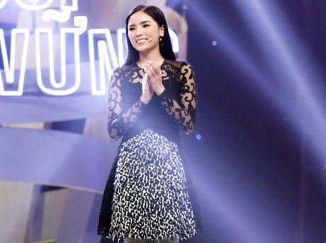 Soi vay sieu dep cua Ky Duyen sau nhung on ao - Anh 4