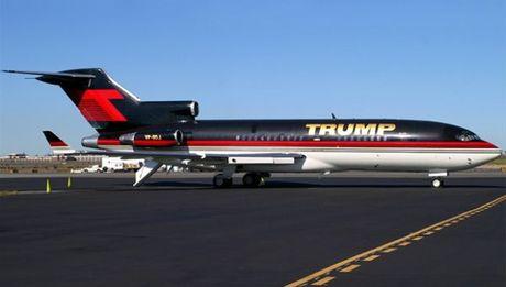 Loat sieu xe dat vang cua Tong thong My Donald Trump - Anh 1