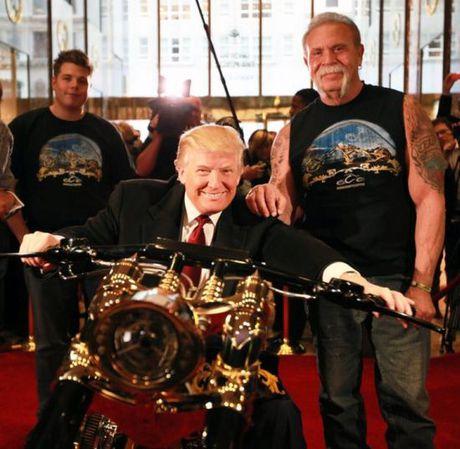Loat sieu xe dat vang cua Tong thong My Donald Trump - Anh 7