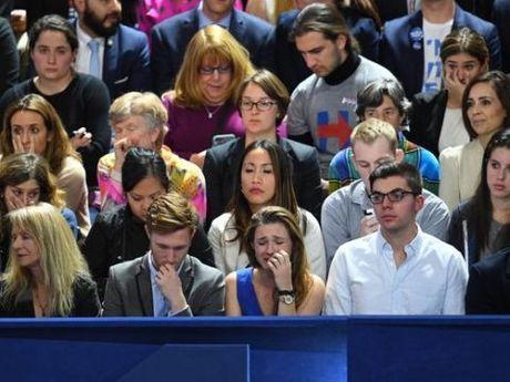Khong khi 'chet lang' bao trum tong hanh dinh cua ba Hillary Clinton - Anh 3