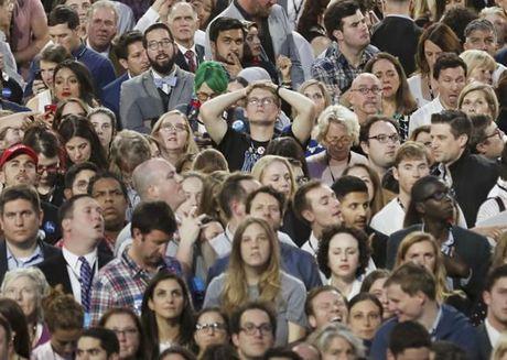 Truc tuyen Bau cu My: Ba Clinton tam dan truoc ong Trump - Anh 4
