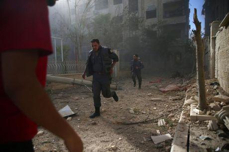 Quan doi Syria tuyen bo chiem cu Aleppo; phien quan noi van tiep tuc chien dau - Anh 1