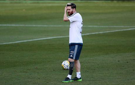 Messi gia nhap CLB cau thu nghien hinh xam - Anh 1