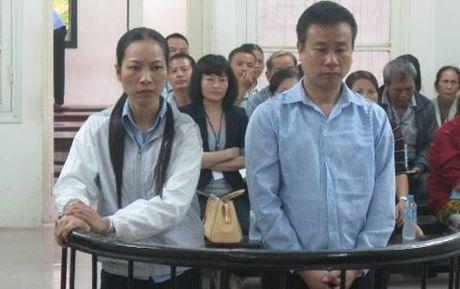 "Vay no hang chuc ty dong, doi vo chong ru nhau ""cao chay xa bay"" - Anh 1"