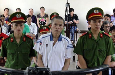 Khong duoc sang ten so do, con re dam chet bo me vo - Anh 1