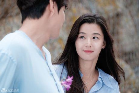 """""""Co nang ngo ngao"""" Jun Ji Hyun goi cam trong phim truyen hinh moi - Anh 6"""