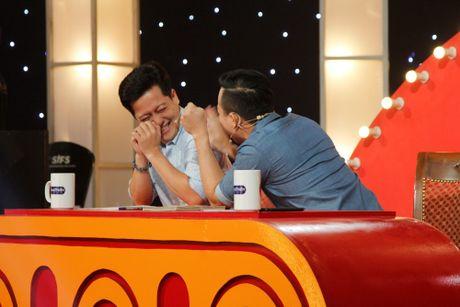 Thach thuc danh hai tap 2: Tran Thanh tro tai hat hit cua Hari Won - Anh 2
