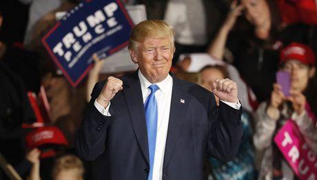 Chum anh an mung chien thang cua nhung nguoi ung ho Donald Trump - Anh 5