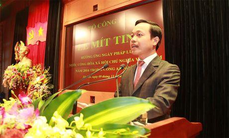 Bo Cong an to chuc Le mit-tinh huong ung Ngay Phap luat Viet Nam - Anh 1