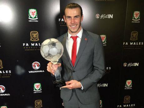 Tin HOT bong da trua 9/11: Bale doat giai hay nhat xu Wales - Anh 1