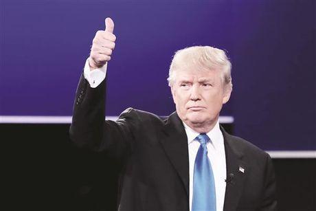 Trump dac cu Tong thong My: Cu tri My mong muon su thay doi tuong lai cua 'xu co hoa' - Anh 1