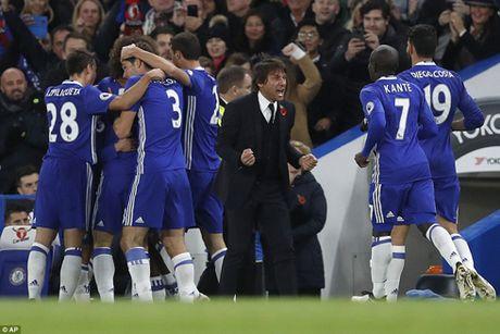 Chelsea thang hoa, Conte van muon 'dai phau' - Anh 1
