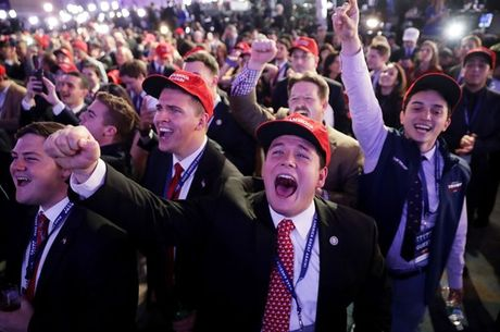 Ong Trump se tuyen the nham chuc Tong thong vao 20/1/2017 - Anh 33
