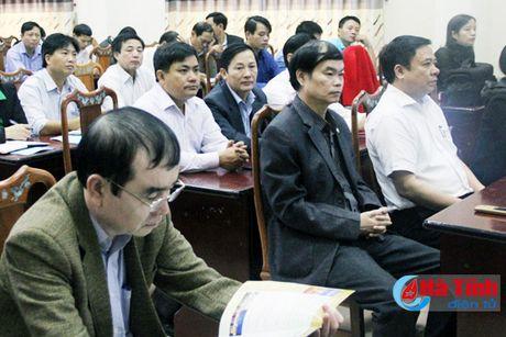 LDLD Ha Tinh phat dong huong ung 'Ngay Phap luat Viet Nam' - Anh 2