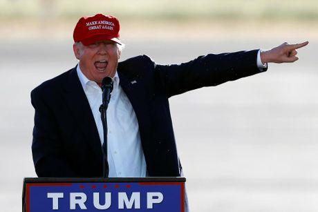 Nhung hinh anh dang nho trong hanh trinh tranh cu cua Donald Trump - Anh 15