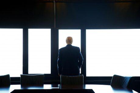 Nhung hinh anh dang nho trong hanh trinh tranh cu cua Donald Trump - Anh 2