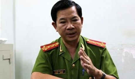 Vu quan ca phe Xin Chao, nguyen Truong Cong an huyen Binh Chanh bi cach het chuc vu trong Dang - Anh 1