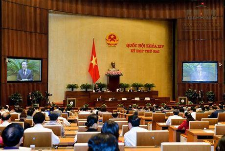 Quoc hoi cho nang tran no Chinh phu khong qua 54% - Anh 1
