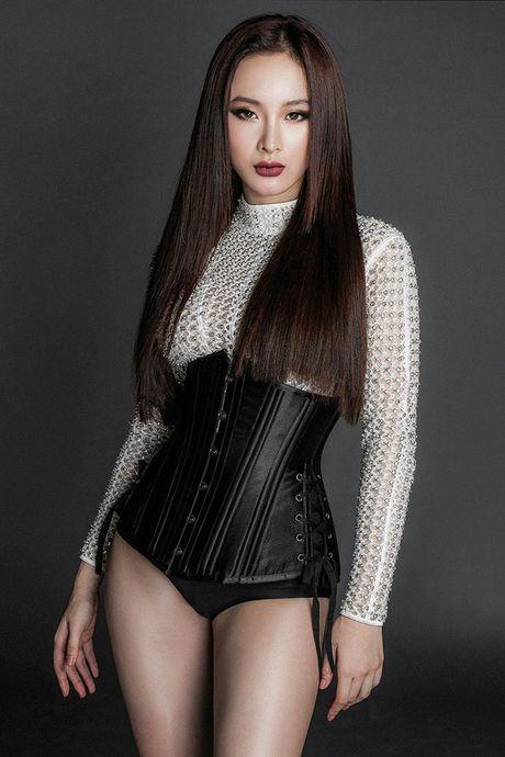 Angela Phuong Trinh khoe ve mon mon tuoi doi muoi voi do om sat - Anh 9