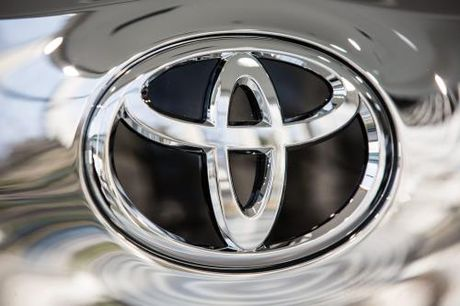 Toyota: 'Nghich ly' doanh so tang, loi nhuan giam - Anh 1