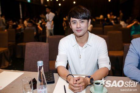 Ung Dai Ve banh bao cung Phan Manh Quynh tai hop bao Sing My Song - Bai Hat Hay Nhat - Anh 3