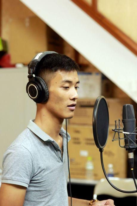 He lo clip Dat Co di thi The Voice, giu loi hua voi than tuong Tuan Hung - Anh 2