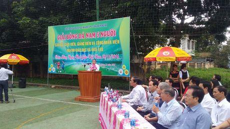 CD Nganh giao duc tinh Kon Tum: Ky niem 34 nam Ngay Nha giao Viet Nam - Anh 2
