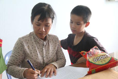 Loi ke kinh hoang cua nan nhan trong vu lat xe tai Quang Nam - Anh 4