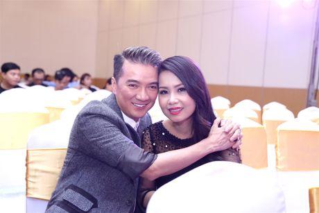 Cam Ly bi 'chat van' khi lam giam khao trong chuong trinh co Thien Nhan - Anh 1