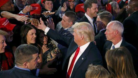 Ong Donald Trump cam ket la 'tong thong vi toan the nguoi dan My' - Anh 1