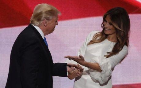 Melania Trump: Toi se khong dinh vao chinh tri nhu cac de nhat phu nhan - Anh 1