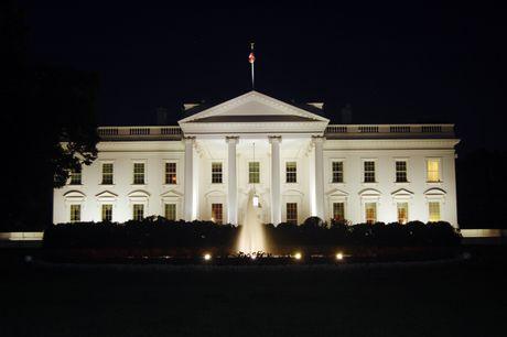 Truc tiep bau cu My: Trump thang dam voi 274 phieu! - Anh 2