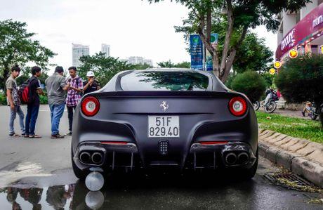 Sieu xe F12 do goi phu kien hang hieu cua Cuong Do La - Anh 5