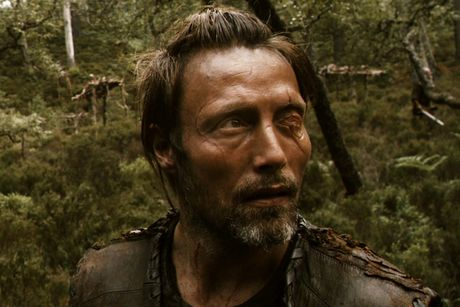 10 phim de doi cua 'quy ong an thit nguoi' Mads Mikkelsen - Anh 9