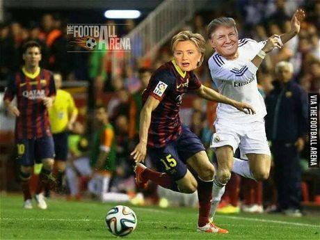 Anh vui Trump danh bai Clinton phien ban bong da - Anh 2