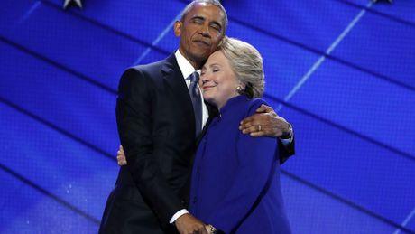 Lich su lai quay lung voi Hillary Clinton - Anh 2