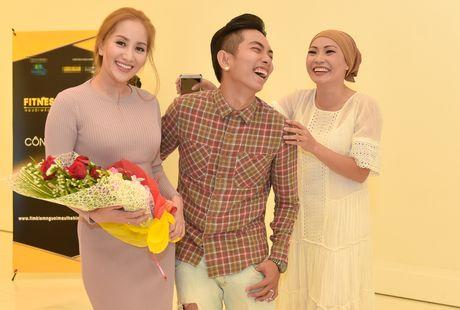 Phuong Thanh vui ve hoi ngo vo chong Khanh Thi - Anh 2