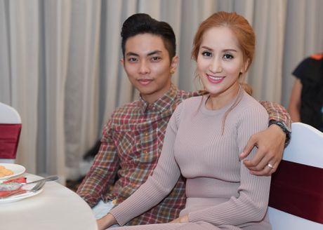 Phuong Thanh vui ve hoi ngo vo chong Khanh Thi - Anh 3