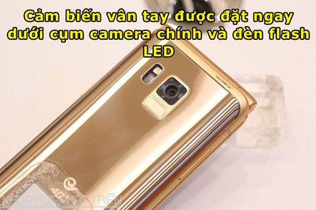 Chiem nguong ve dep smartphone nap gap, gia gan 3.000 USD cua Samsung - Anh 8